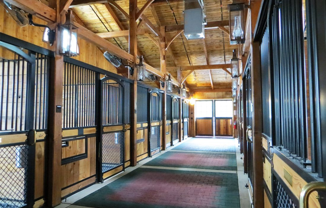 Always_Faithful_Stables_Carousel_Barn
